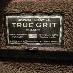 True Grit Pullover size Small